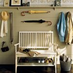 martha_stewart_entryway_country