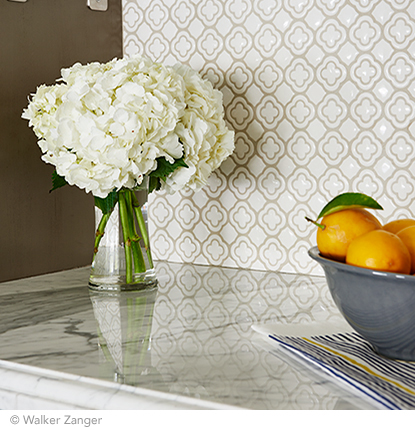 white kitchen mosaic
