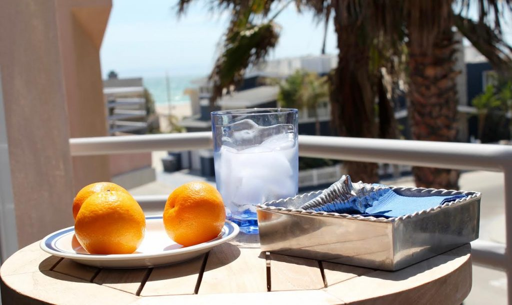 JM - patio table top FEATURE